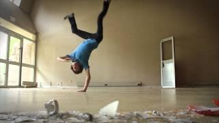 Contorsion Breakdancing