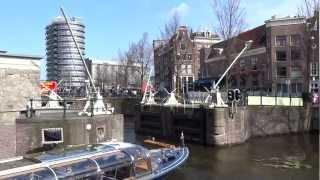 Tight Turn - Amsterdam Boat