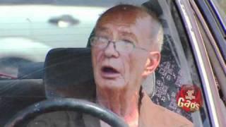 Free Car Scrubbing - Hidden Camera Prank