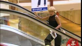 Long Box attacks people going up the escalators