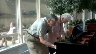 Mayo Clinic atrium piano - charming older couple