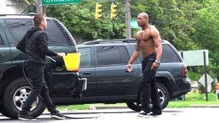 Stealing Fuel - Roman Atwood prank