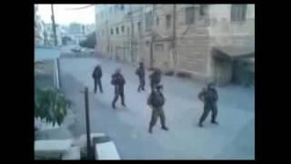 Israeli soldiers dancing to Kesha // Tik-Tok in Hebron