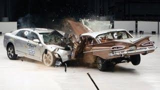 Crash test - Old car versus Modern car