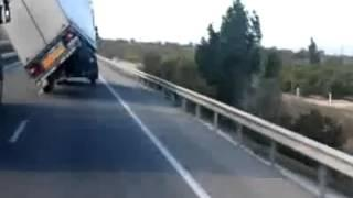 Truck encounters strong wind