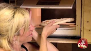 Magic Microwave Oven Shrinks Pizza