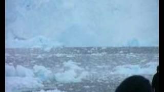 Antarctic glacier collapse