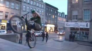 Danny Macaskill - Next level street trials