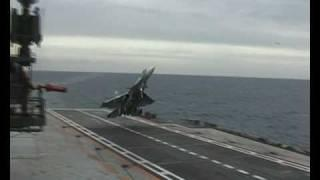 Su-33 fighter jet - bad landing on russian aircraft carrier