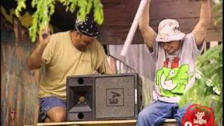 Falling pipes - funny prank