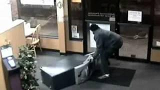 Stupid Criminals Steal ATM - Caught On Camera