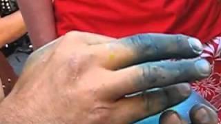 Fast painting street artist